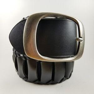 Large buckle woven belt